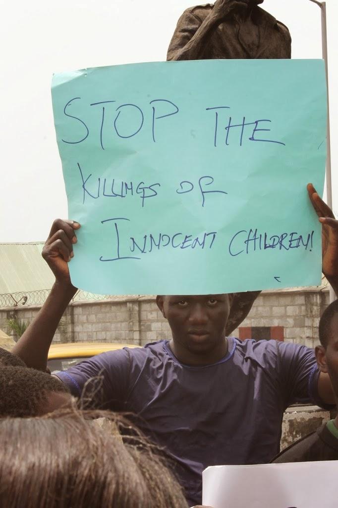 PHOTOSPEAK: PROTEST MARCH AGAINST THE MYRIAD INJUSTICES IN NIGERIA